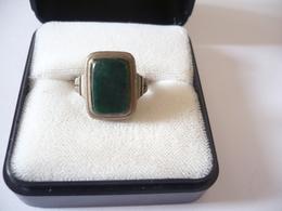 Silberring Mit Grünem Stein  (549) - Ringe