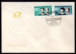 DDR Mi.-Nr. 669-70 (Menschenrechte) Auf FDC - DDR