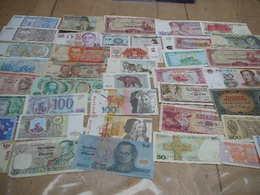 40 Verschillende Bankbriefjes - Coins & Banknotes