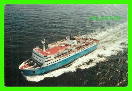 SHIPS, BATEAUX - LE TRAVERSIER CAMILLE MARCOUX SUR LE FLEUVE SAINT-LAURENT - CIRCULÉE EN 1997 - - Ferries