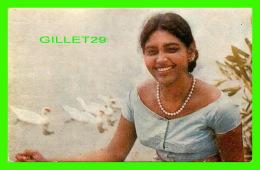 SRI LANKA - MISS PEARL COORAY,  SINHALESE FILM STAR & MISS LANKA 1966 - CHARLES SUBASINGHE & SONS - - Sri Lanka (Ceylon)