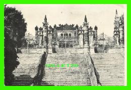TAIWAN - LANG KHAI-DINH MÔT KIEN TRUC KIM CO - TOMBEAU DE L'EMPEREUR KHAI-DINH - - Taiwan