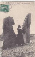 ILE De Sein - Menhirs (Les Deux Causeurs) - Ile De Sein