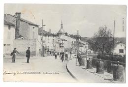 Cpa: 52 DOULAINCOURT (ar. Saint Dizier) Rue De La Gare (animée) 1904 - Doulaincourt