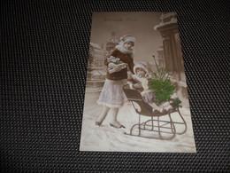 Femme ( 1022 )   Traîneau  Luge  Slede  Slee  Poupée  Teddy - Bear - Femmes