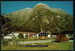 RB 1224 - New Zealand Postcard - Milford Hotel - Milford Sound - New Zealand