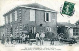 N°64588 -cpa Le Meix Thiercelin -maison Marjollin- On Ferre Les Chevaux, On Boit Un Coup- - Other Municipalities