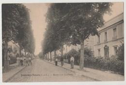CPA 37 JOUE LES TOURS Boulevard Gambetta - France
