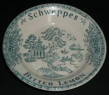 Ramasse-Monnaie Publicitaire Céramique Faience Porcelaine De GIEN SCHWEPPES Bitter Lemon, Indian Tonic Décor Asiatique - Ashtrays