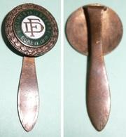 Rare Ancienne Pince à Cravate En Cuivre émaillé,  D.F. FD, Victime De La Guerre Eure-Et-Loir, Ancien Prisonnier - France