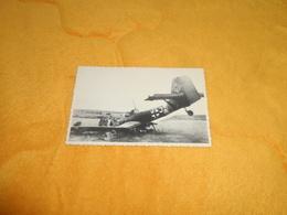 CARTE PHOTO ANCIENNE DATE ?. / AVION ALLEMAND ABATTU. / AU DOS CACHET RUSSE ?... - Krieg, Militär