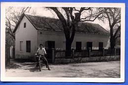 SIEGHARTSKIRCHEN - Mann Auf Motorrad Vor Haus, Alte Fotokarte Nicht Gelaufen, Sehr Gute Erhaltung - Autriche