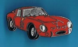 1 PIN'S  //  ** FERRARI 250 GTO / TRIPLE CHAMPION DU MONDE EN GT // 1962 / 63 / 64 ** - Ferrari