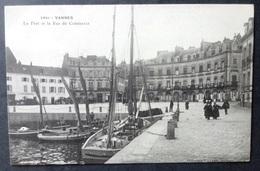CPA 56 VANNES - Le Port Et La Rue Du Commerce - Villard 2951 - Réf. Q 180 - Vannes