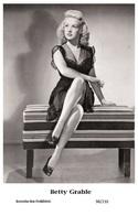 BETTY GRABLE - Film Star Pin Up PHOTO POSTCARD - 98-210 Swiftsure Postcard - Postales