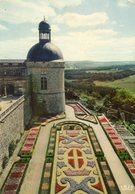 - 24 - Château De HAUTEFORT. - Terrasse Sud. Les Parterres De Fleurs - - France