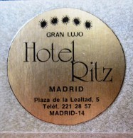 HOTEL PENSION RESIDENCIA HOSTAL RITZ SPAIN MINI ETIQUETA LUGGAGE LABEL ETIQUETTE AUFKLEBER DECAL STICKER MADRID - Hotel Labels
