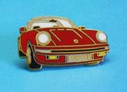 1 PIN'S  //  ** AVANT D'UNE MAGNIFIQUE / PORSCHE 911 CARRERA GT 3.2 / CABRIOLET ** - Porsche