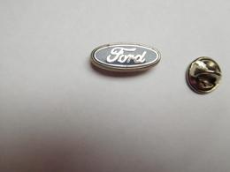 Beau Pin's , Logo Auto Ford , En Zamac , Signé Courtois - Ford