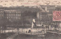 Cp , 42 , SAINT-ÉTIENNE , Place Du Palais Des Arts - Saint Etienne