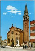 CARPENEDO  MESTRE  VENEZIA  Chiesa Parrocchiale  Auto VW Maggiolino  Vespa Piaggio - Venezia