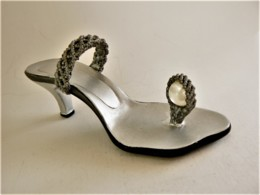 CHAUSSURE MINIATURE DE COLLECTION (11) - Other