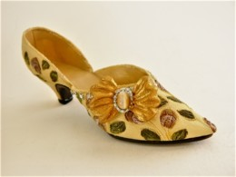 CHAUSSURE MINIATURE DE COLLECTION (12) - Other