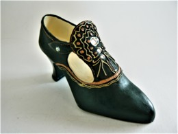 CHAUSSURE MINIATURE DE COLLECTION (6) - Other