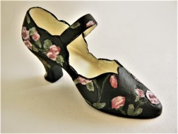 CHAUSSURE MINIATURE DE COLLECTION (8) - Other