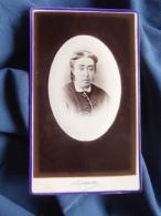 Photo CDV  Luzzato à Dunkerque  Portrait  Femme - CA 1880 - L389H - Ancianas (antes De 1900)
