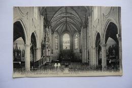 CPA 29 FINISTERE LANDIVISIAU. Intérieur De L église. - Landivisiau