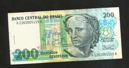 BRASIL - El Banco Central Do Brasil - 200 Cruzeiros - Brasile