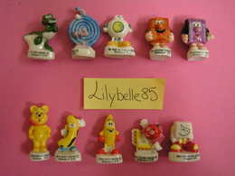 PRE Serie Complète De 10 Fèves En Porcelaine BONBONS - HARIBO 2003 ( Feve Miniature Figurine ) - Charms