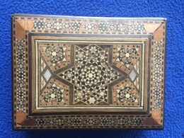 Beautiful Viatge Inlaid Box, Purchased In India In The 1950s - Boxes