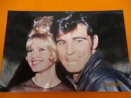 Retirage Récent D'une Photo Des Années 60 / Brigitte BARDOT Et Vince TAYLOR/ Années 60     PHOTN365 - Reproductions