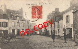 CROZON (29) La Place Du Vieux Puits - Très Très Rare - Carte Postée - Crozon