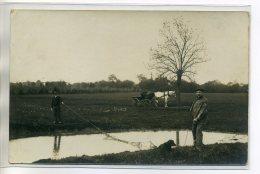 CARTE PHOTO Campagne La Peche Au Filet Dans Un étang Jolie Scene 1910     /D18-2016 - Non Classés