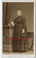 CDV - Spécial Mode -femme -photo L Et F Caron Rue Des 3 Cailloux à AMIENS - Anciennes (Av. 1900)
