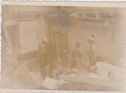 NANTES  - Photographie Originale - Bombardements 23/10/1943 - La Maternité - War, Military