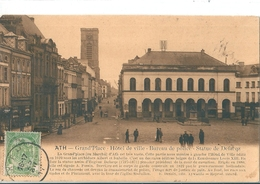 ATH   (  Belgique )  Grand'Place  -  Hotel De Ville - Bureau De Poste  Statue De Defacqz      (  TBE ) - Ath