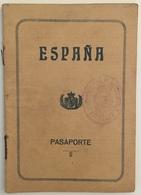 Passeport Espagnol Valable Pour La France. España. Pasaporte. Délivré En 1930 à Palma De Mallorca. Cerbère. Enfant. - Documenti Storici