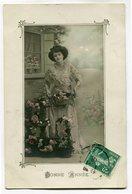 CPA - Carte Postale - Fantaisie - Femme - Bonne Année - Fleurs ( CP5365 ) - Nouvel An