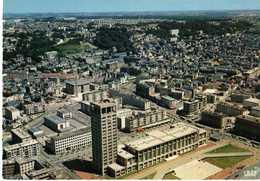 LE HAVRE - EN AVION - L'HOTEL DE VILLE ET L'EGLISE SAINT MICHEL - Station