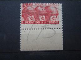 VEND BEAU TIMBRE DE TUNISIE N° 249 + BDF , PIQUAGE DECALE , XX !!! - Tunisie (1888-1955)
