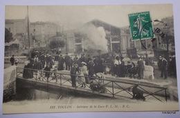 TOULON-Intérieur De La Gare PLM - Toulon