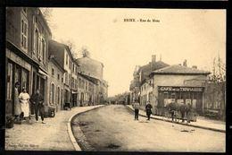 BRIEY - Rue De Metz - Briey