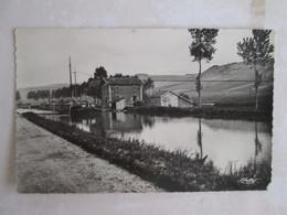 St Urbain . Canal De La Marne . Ecluse De St Urbain - Sonstige Gemeinden