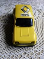 Voiture Renault Jaune - Marque Joustra Jouet Ancien - Toy Memorabilia