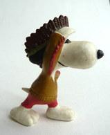 FIGURINE SCHLEICH SNOOPY INDIEN PEANUTS - Snoopy