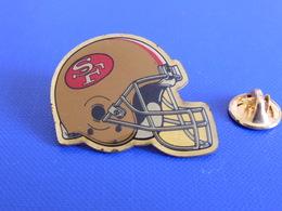 Pin's Foot Football Américain - Casque Des San Francisco 49ers - NFL (PS53) - Badges
